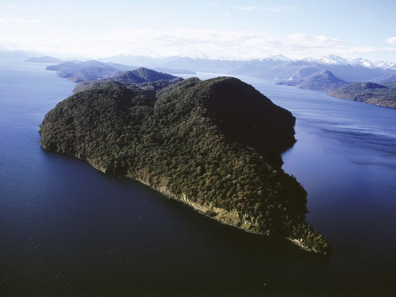 Victoria Island & Arrayanes