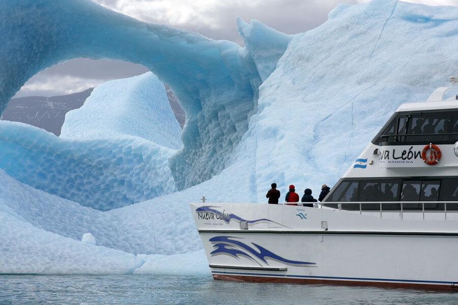 Rios de Hielo Boat Trip