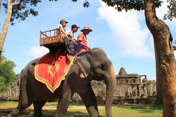 5 DAYS SIEM REAP & PHNOM PENH Full Board