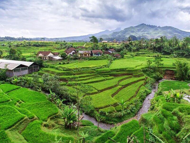 10 Days Java Bali Overland