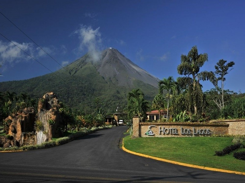 Costa Rica Volcano Lovers Fly & Drive Program 11 Days/ 10 Nights