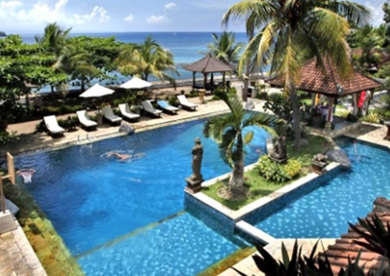 North to East Bali (B, L )