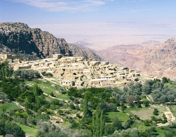 Experience Jordan like never before! 8 Days