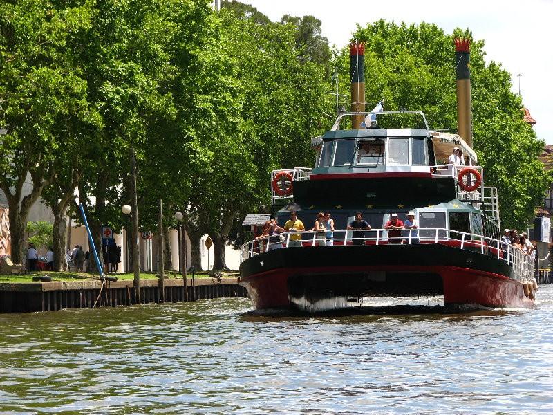 Tigre Delta Boat Trip in Buenos Aires
