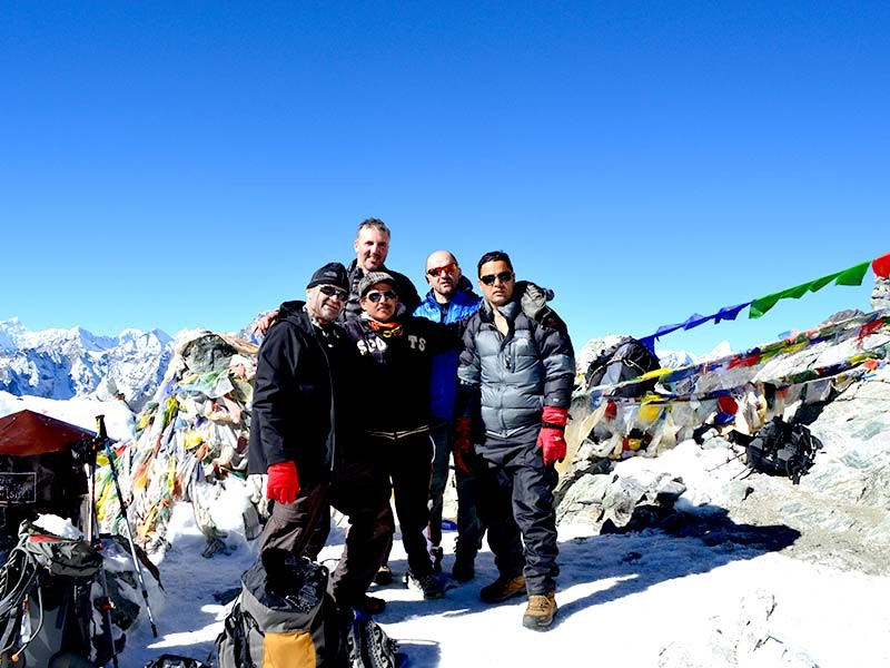 Trek Dzongla to Chola Pass to Thangnak