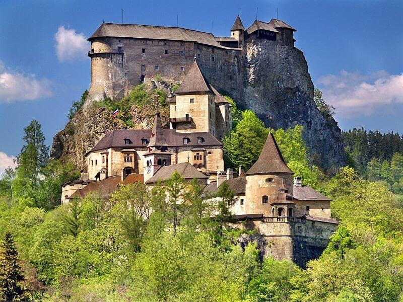 6 Days Castles, Caves and Mountains Slovakia Tour