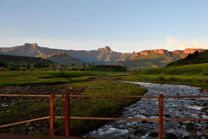 5 Day Drakensberg Mountains, Tugela Falls & Rock Art Adventure