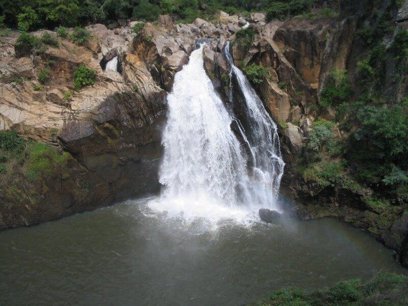 Botanical Garden & Waterfall