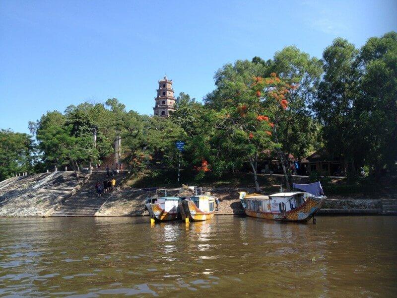 Hue - Thuy Bieu village (B-L)