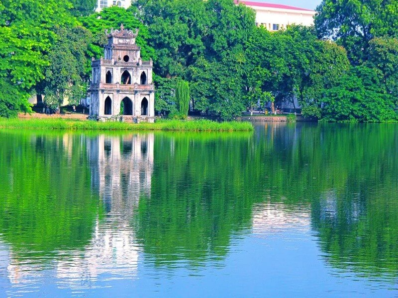 ROMANTIC HONEYMOON JOURNEY IN VIETNAM