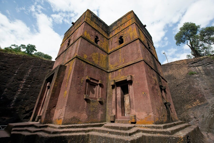 Flight to Axum and visit