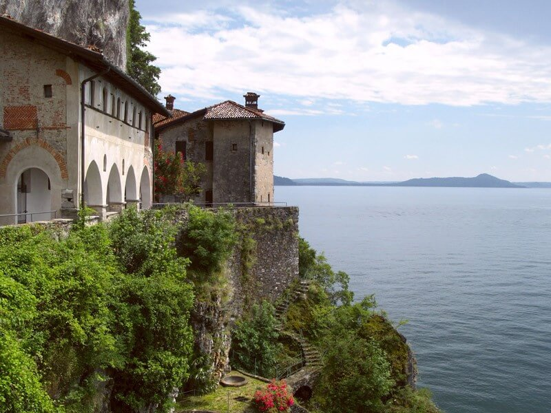 ITALIAN LAKES: CULTURE, NATURE, CITIES AND MORE. TRAVEL IN NORTHERN ITALY