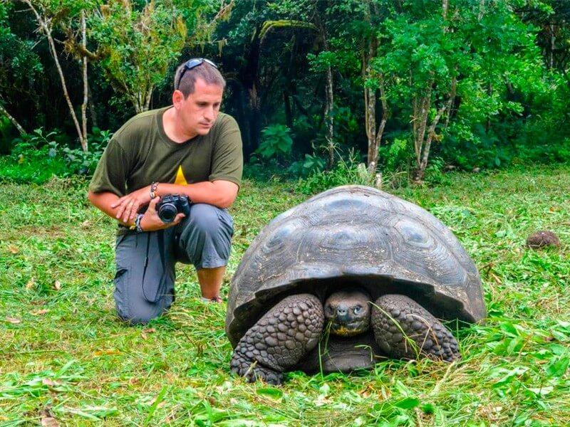 6 Days Galapagos Land Tour - Focused on Tuneles - Cabo Rosa
