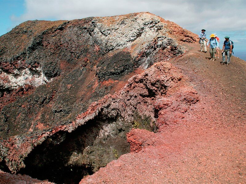 8 Days Galapagos Land Tour - Focused on Tuneles - Cabo Rosa