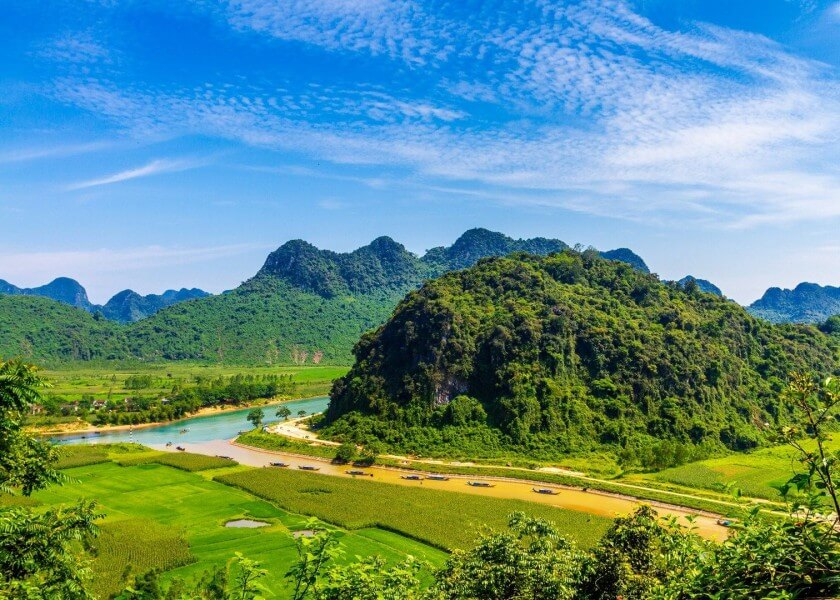 Kong: Skull Island Tour in Vietnam