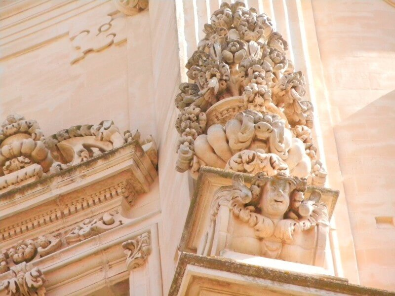 APULIA: FLY & DRIVE INTO TYPICAL MASSERIE
