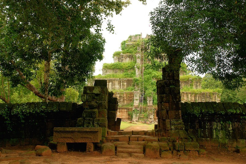 "12 DAYS TOURS ""CAMBODIA HIGHLIGHT"""
