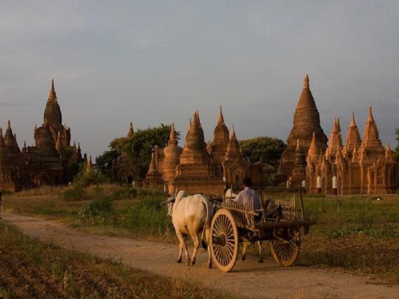 5 days Glorious capitals Myanmar tour