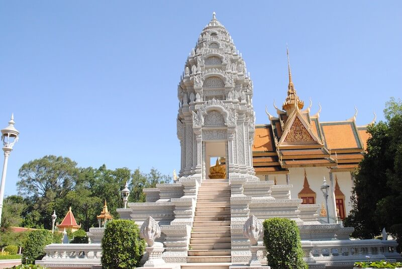 """14 DAY TOURS """"MYSTIC ANGKOR & BEAUTIFUL SOUTH"""""""