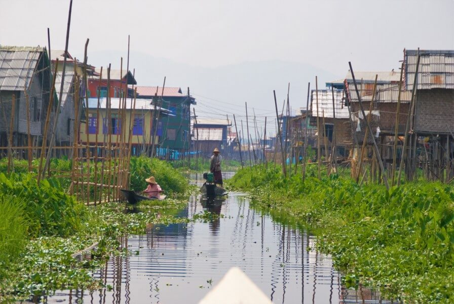 NYAUNG U/HEHO (FLIGHT), INLE LAKE