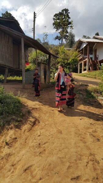 Sob Kai-Huay Hup Kab