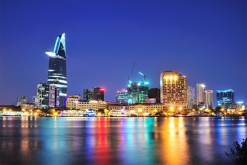 4 DAYS SOUTH OF VIETNAM
