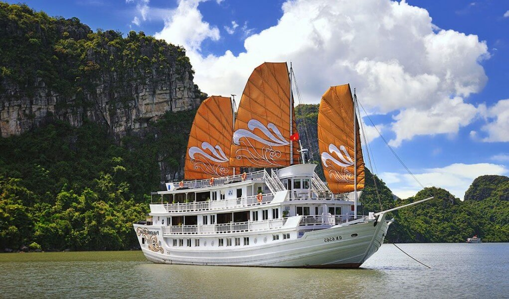 Vietnam Luxury Honeymoon Holiday 10 Days