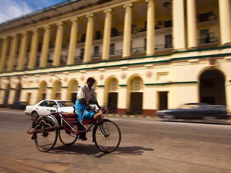 Free in the morning - Yangon