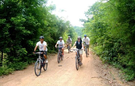 CYCLE BANGKOK TO SAIGON