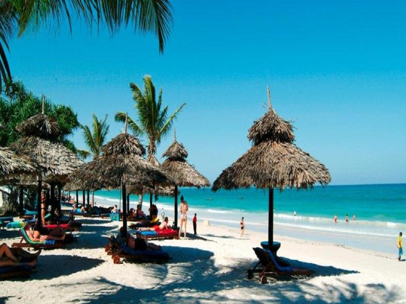 5 Days White sand Beaches & Resorts