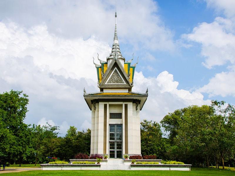 DISCOVER PHNOM PENH