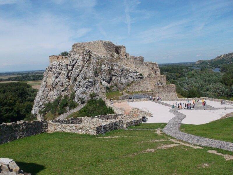 5 Days Bratislava and Vienna Danube Cities Study Tour