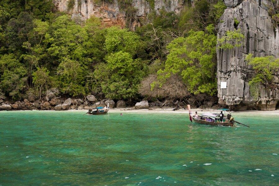 Vietnam - Cambodia - Thailand - Myanmar  20 Days / 19 Nights
