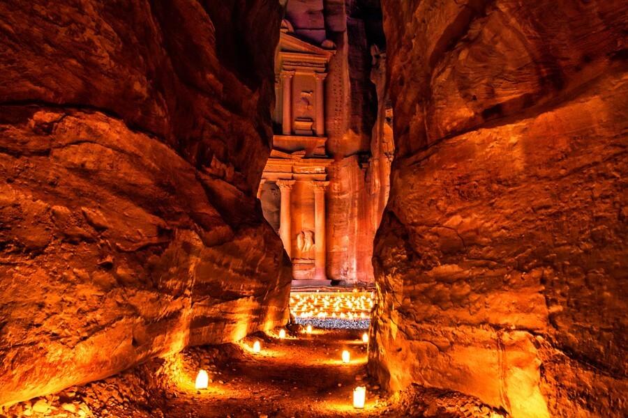 Petra & Wadi Rum via Arava Border - 3 days