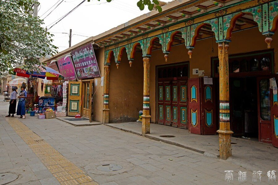 5 Days Route Exploration Around Taklimakan Desert in Xinjiang