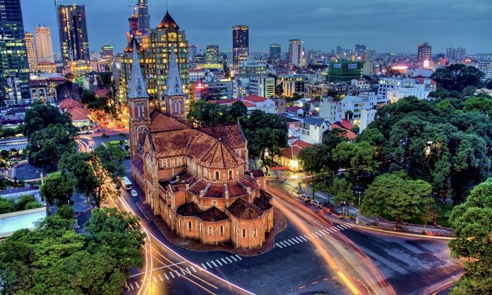 Vietnam Panorama 16D15N