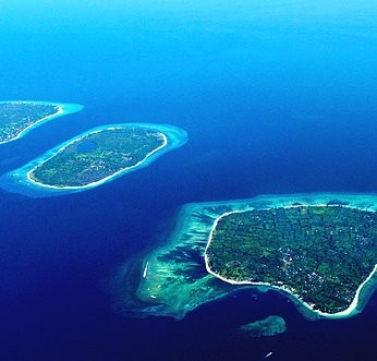SIDEMEN to THE GILI ISLANDS