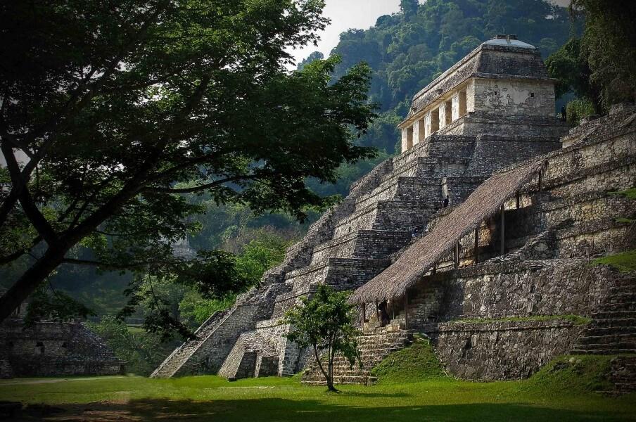 THE NATURAL & ARCHEOLOGICAL WONDERS OF CHIAPAS AND YUCATAN