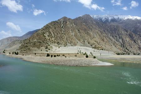 Drive from Shigatse to Lhasa (3650Mts/ 4
