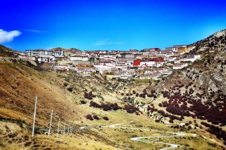 Day trip to Ganden monastery and back to