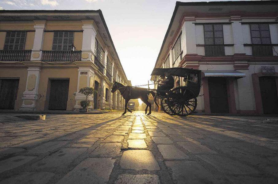 VIGAN CITY TOUR