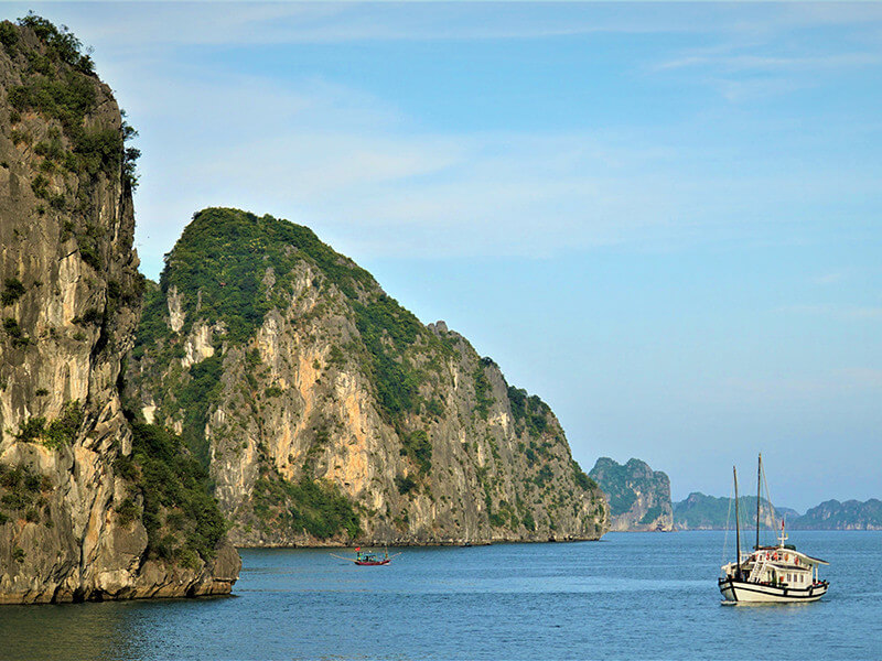 VIETNAM AND LAOS - CITY VACATION 8 DAYS / 7 NIGHTS