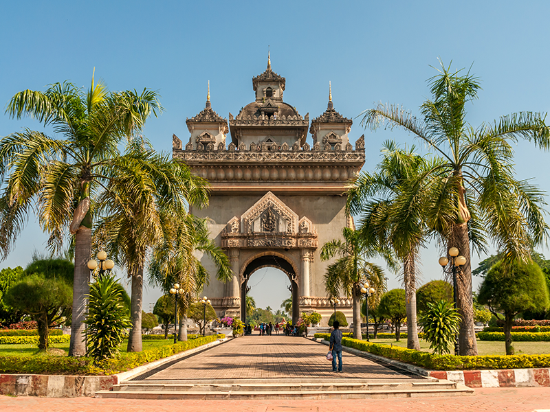 Arrival in Vientiane - Walking Tour