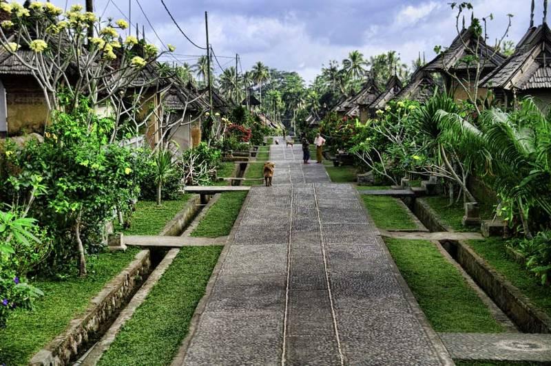 Tirta Empul - Gunung Kawi