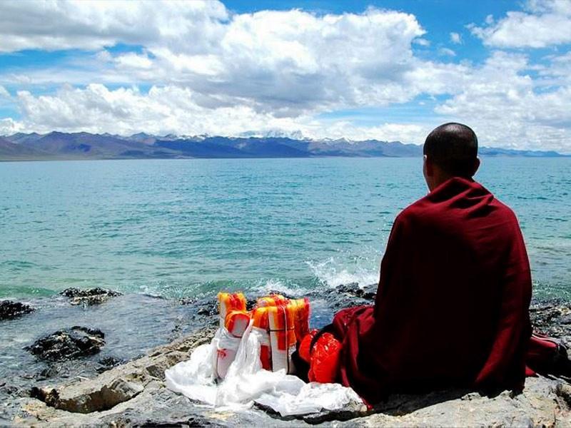 8 Days Everest & Namtso Group Tour