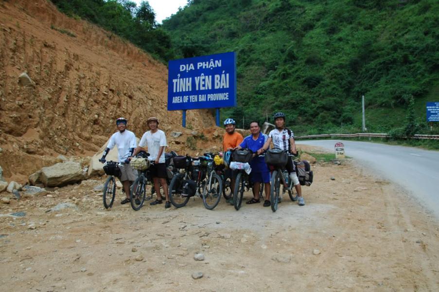Bac Ha to Hoang Su Phi Best Mountain Bike Tour