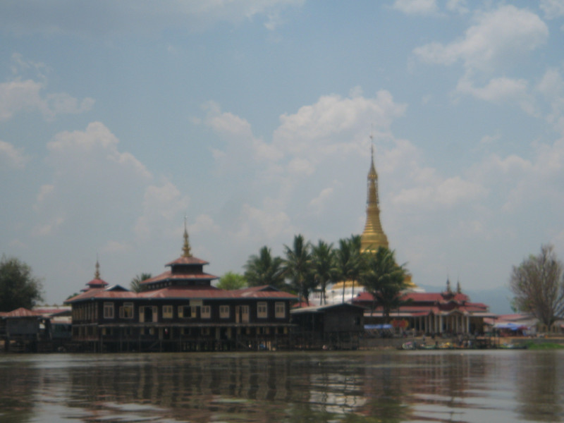9 Days / 8 Nights CLASSIC MYANMAR