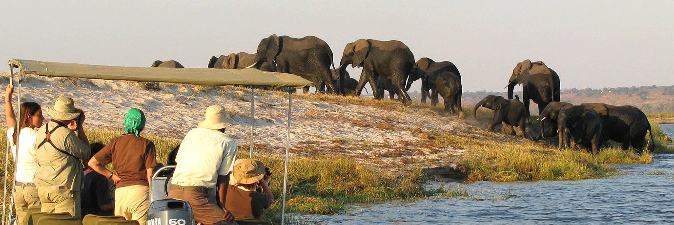 Sossusvlei & Zambezi Queen River Cruise Tour - 7 Days