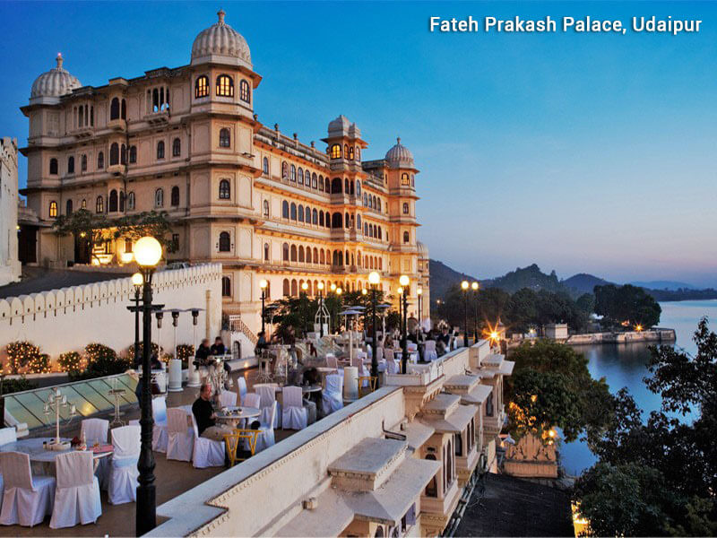 Golden Triangle tour with beautiful lakes of Udaipur