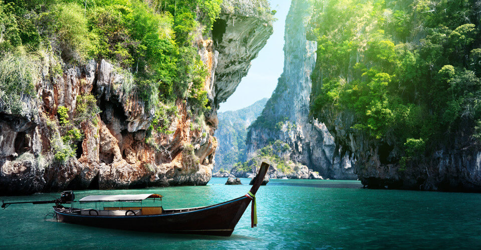 5 Days 4 Nights Free & Easy Package in Phuket